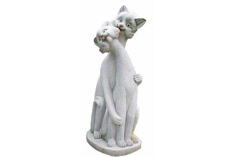 GDS Fiver World - Animal Statue - Cat-min